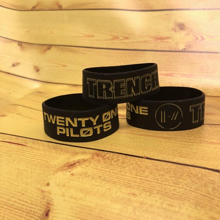Браслет Twenty One Pilots -1