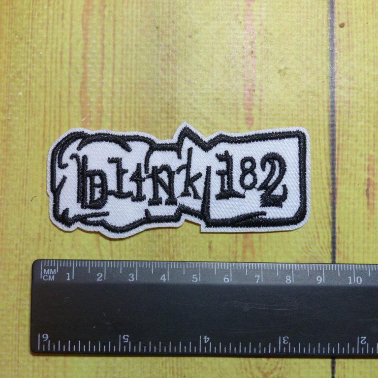 Нашивка Blink 182